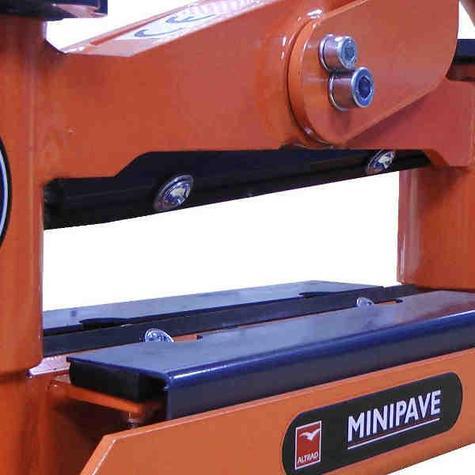 Minipave Blade Altrad Belle